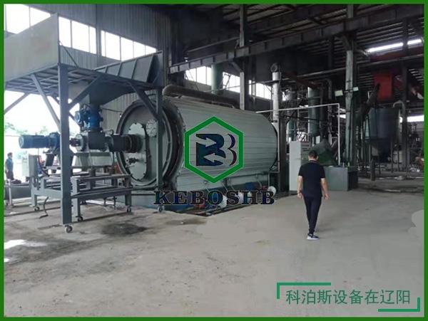辽宁 /客户炼油设备顺利安装完成