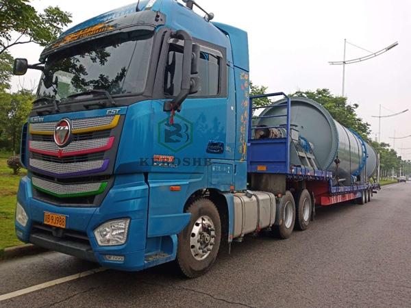贵州两套油泥炼油设备全部装车完毕